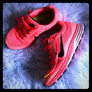 Nike zoom shoes (peach neon orange)